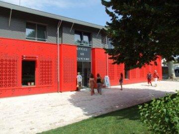The tourist office office de tourisme de villeneuve sur lot - Office de tourisme de villeneuve sur lot ...